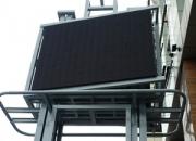 LED display za vanjsku upotrebu montiran na samostojeću konstrukciju
